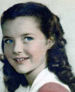 DAR YOUNG GIRL COLOR