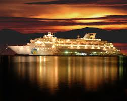 cruiseliner at dusk